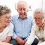 Anziani dente del giudizio.